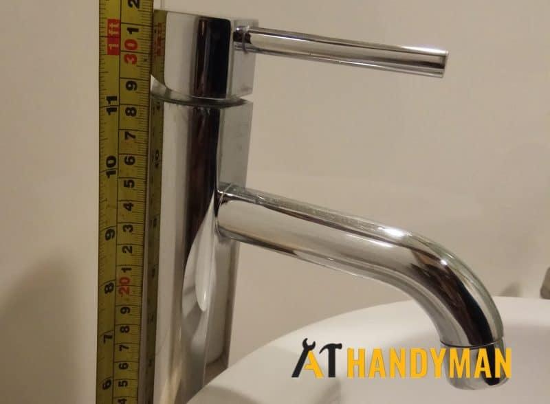 leaking tap repair plumber singapore a1 handyman singapore HDB tampines wm 1