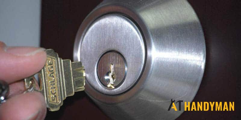 broken-key-in-door-lock-singapore-handyman-2