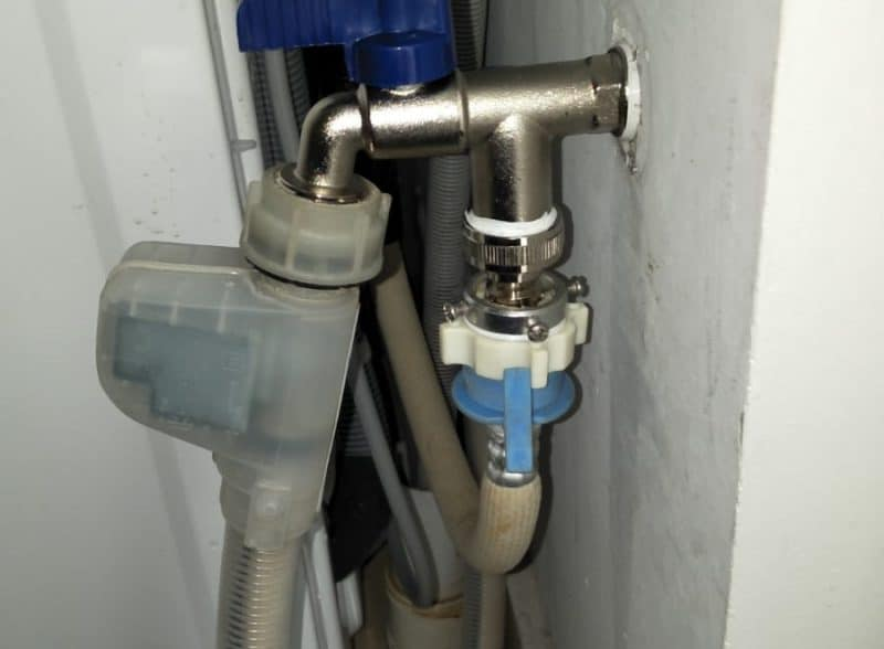change-to-toilet-mixer-tap-singapore-condo-bishan-1