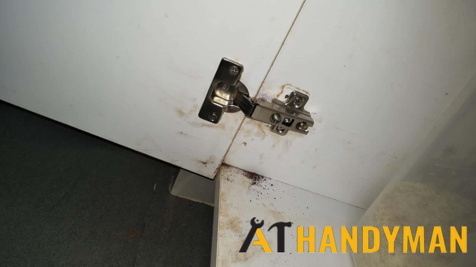 door-hinge-repair-services-singapore-landed-tanah-merah-kechil-2_wm