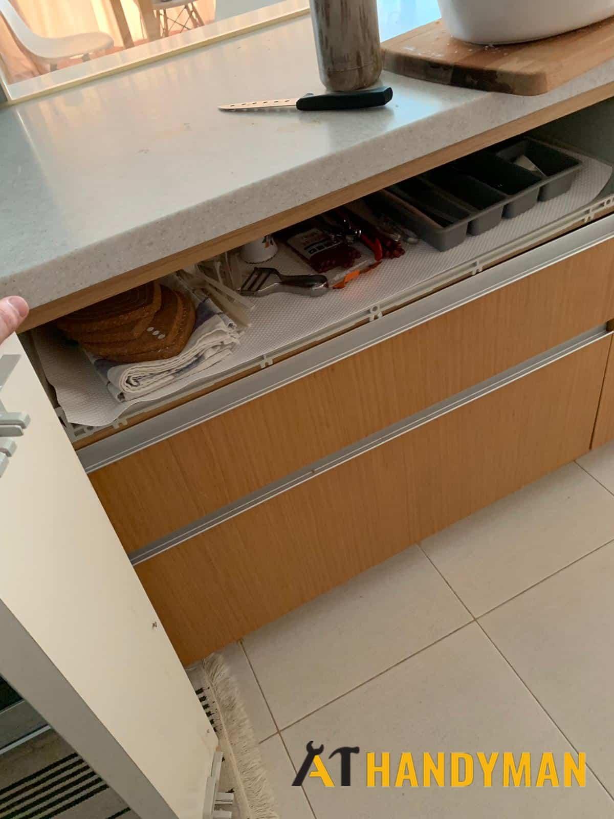 Furniture Assembly Kitchen Cabinet Service Handyman