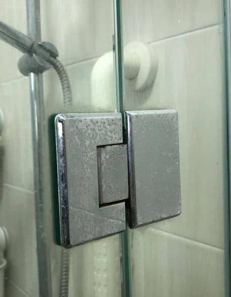 glass-shower-door-hinge-repair-handyman-singapore-condo-yishun2