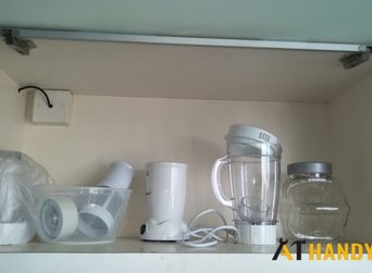 kitchen-cabinet-hinges-repair-handyman-singapore-condo-marine-parade-10_wm