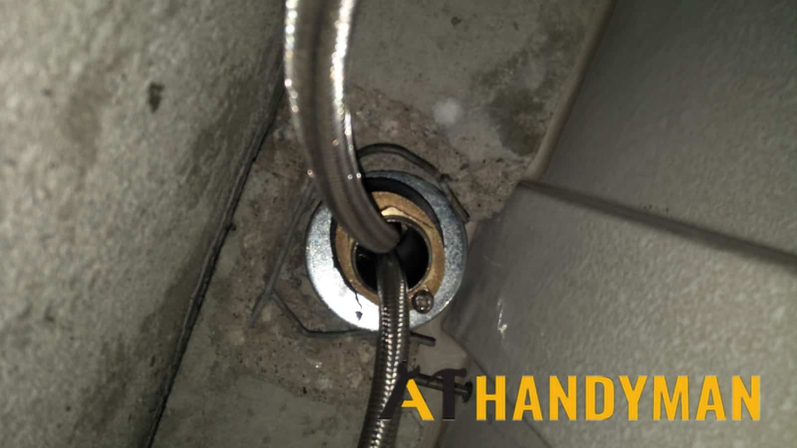 loose-kitchen-sink-tap-replacement-singapore-condo-harbourfront-5_wm