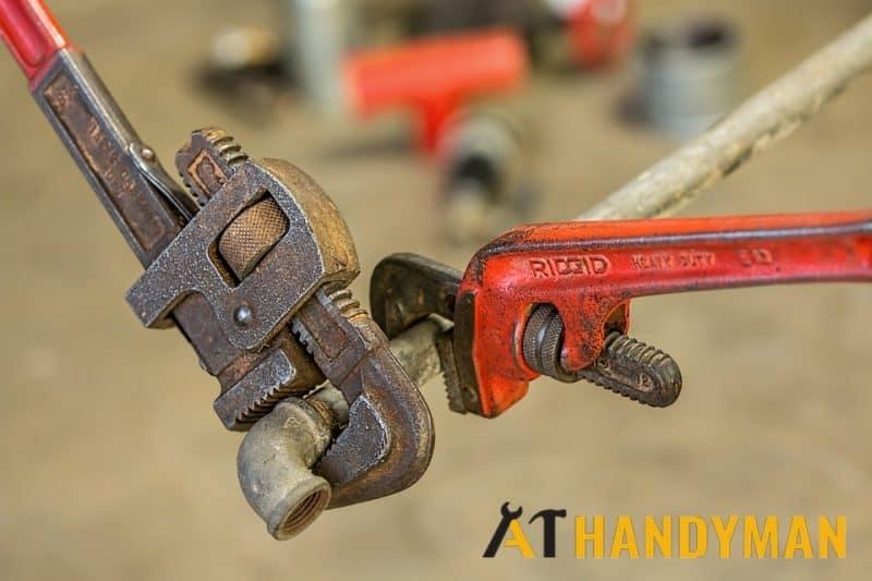 plumber-handyman-plumbing-services-singapore-1_wm