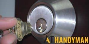 broken-key-in-lock-door-lock-replacement-a1-handyman-singapore